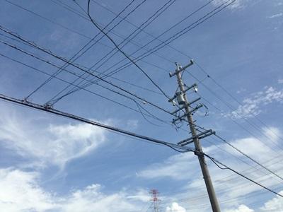 電線ある風景